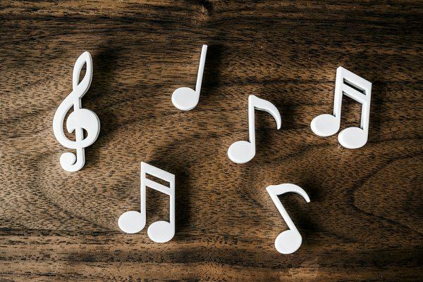 Origem da música: quando surgiu essa expressão cultural?