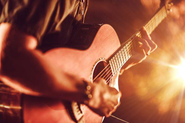 Música é aliada no tratamento de pacientes do CAPS