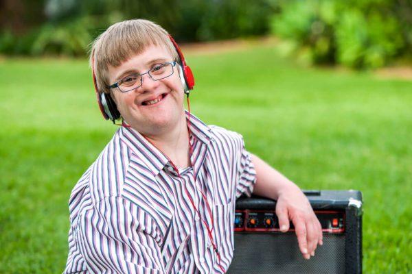Música ajuda pessoas com síndrome de Down
